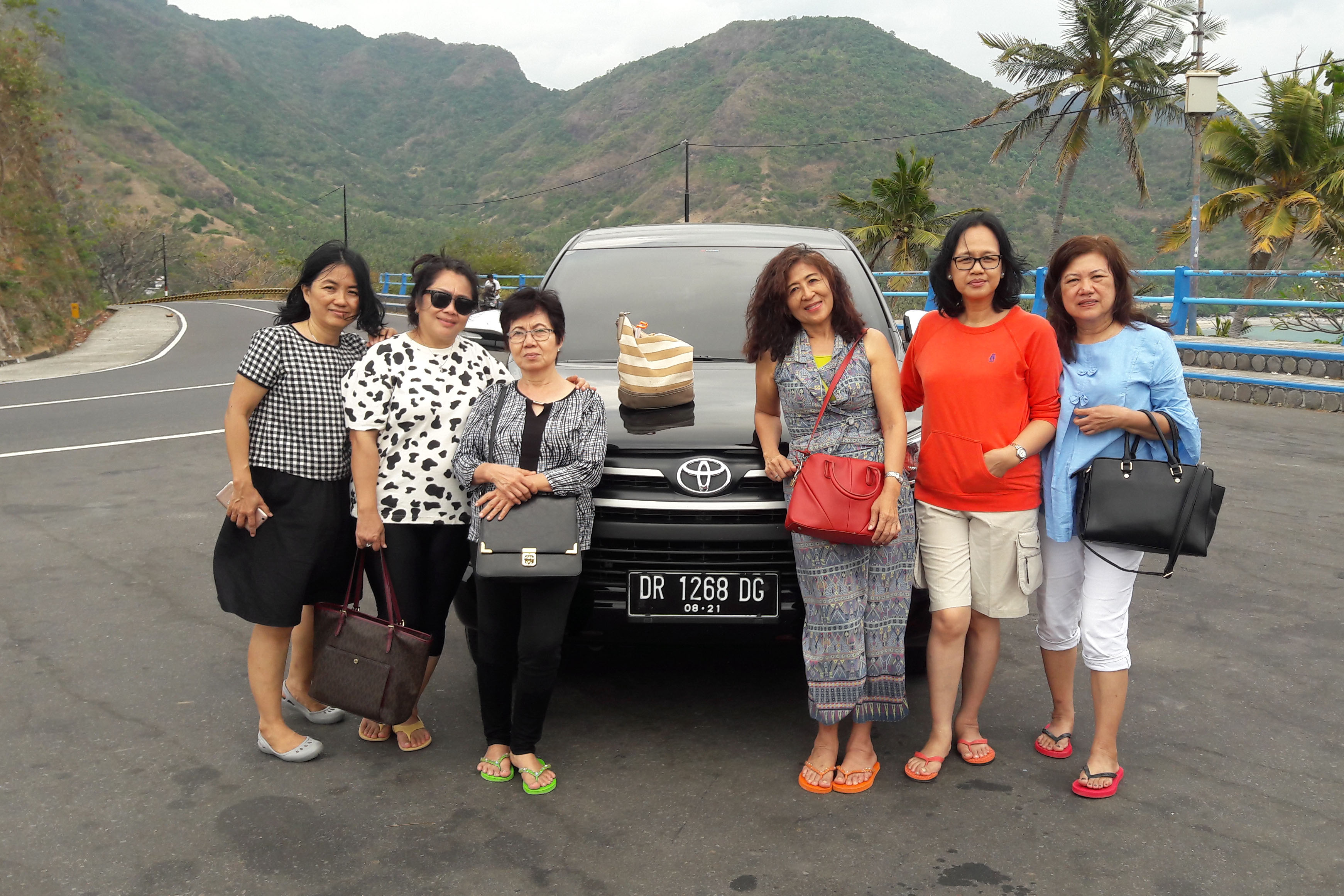 Paket Tour Lombok 2H/1M